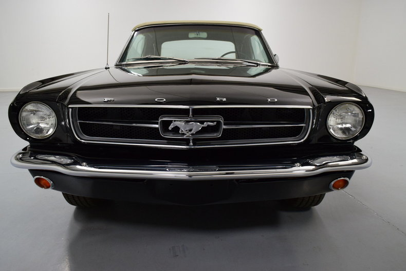 1965 Ford Mustang --: 1965 Ford Mustang