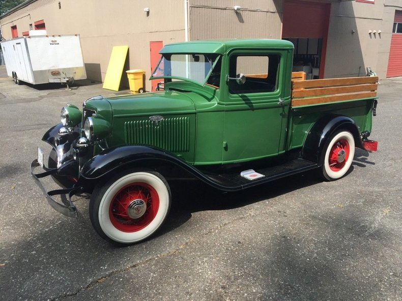 1934 Ford 302