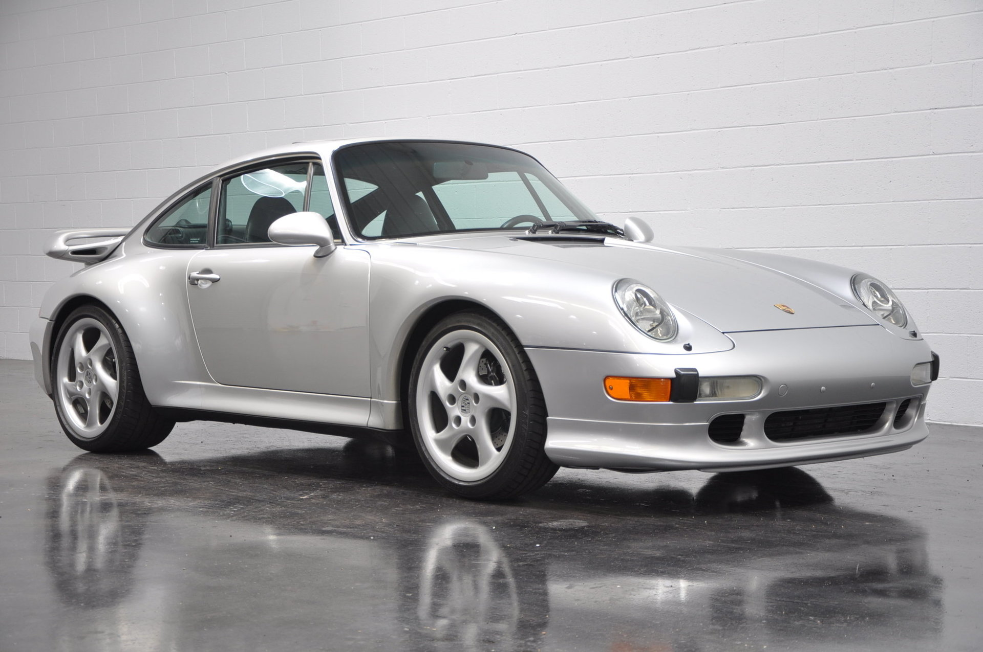 1998 porsche 911 carrera s for sale 79197 mcg. Black Bedroom Furniture Sets. Home Design Ideas