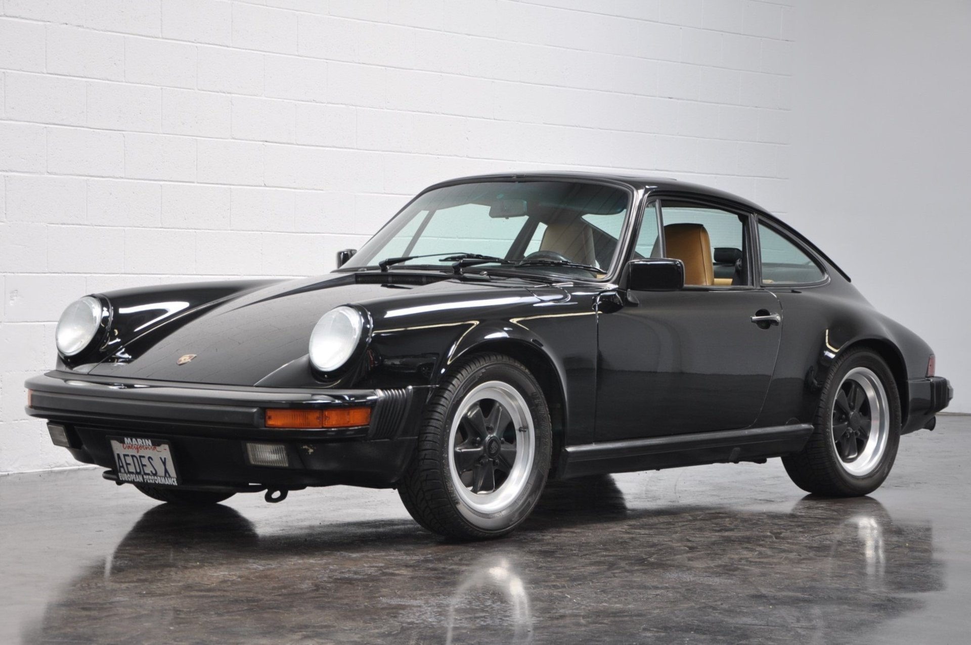 1987 porsche 911 carrera coupe for sale 83108 mcg. Black Bedroom Furniture Sets. Home Design Ideas