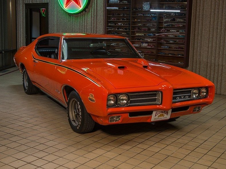 "1969 Pontiac GTO ""Judge"" Ram-Air IV"