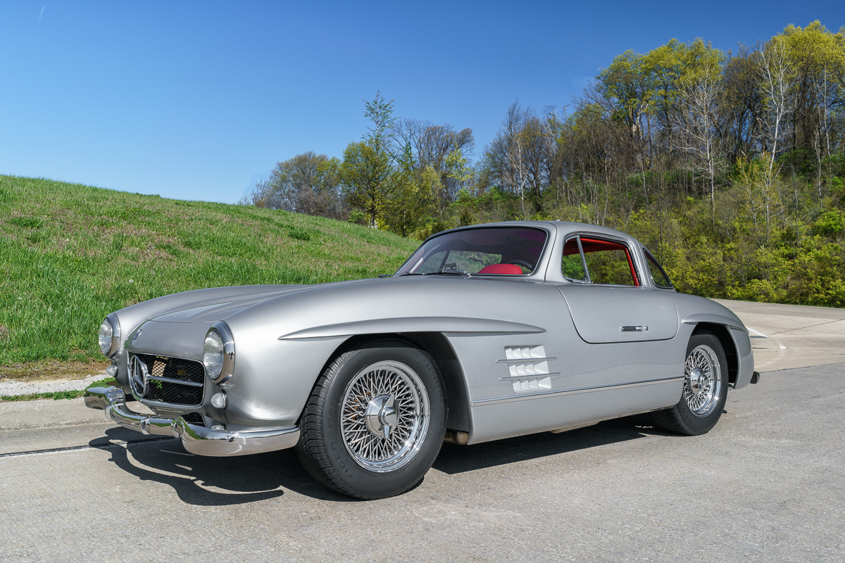 1955 mercedes benz gullwing 300sl replica fast lane for 1955 mercedes benz 300sl