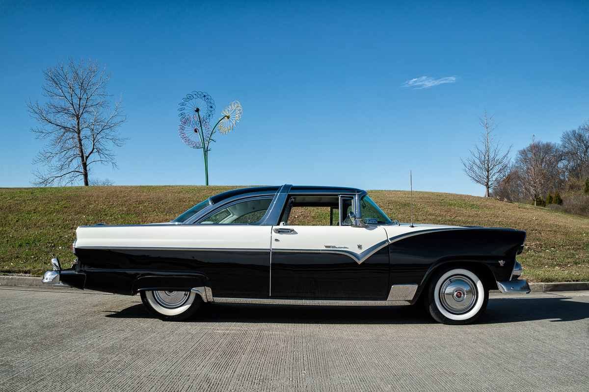 1955 ford crown victoria fast lane classic cars. Black Bedroom Furniture Sets. Home Design Ideas