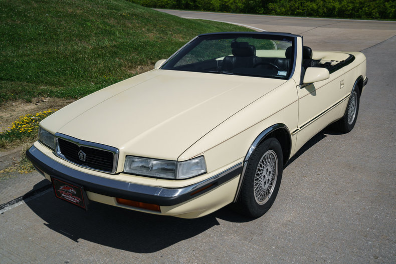 1991 Chrysler TC by Maserati