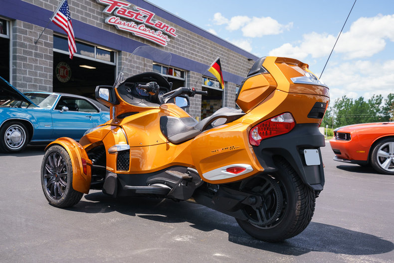 2014 Can-Am Spyder RT-S