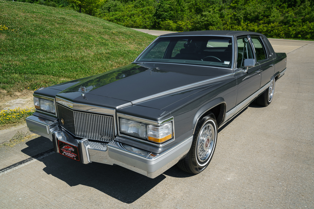 Wiring likewise 1992 Cadillac Brougham in addition pustar 1 Way Ss Remote furthermore Alpine Ilx 007 Media Receiver likewise 111242411221. on viper remote control