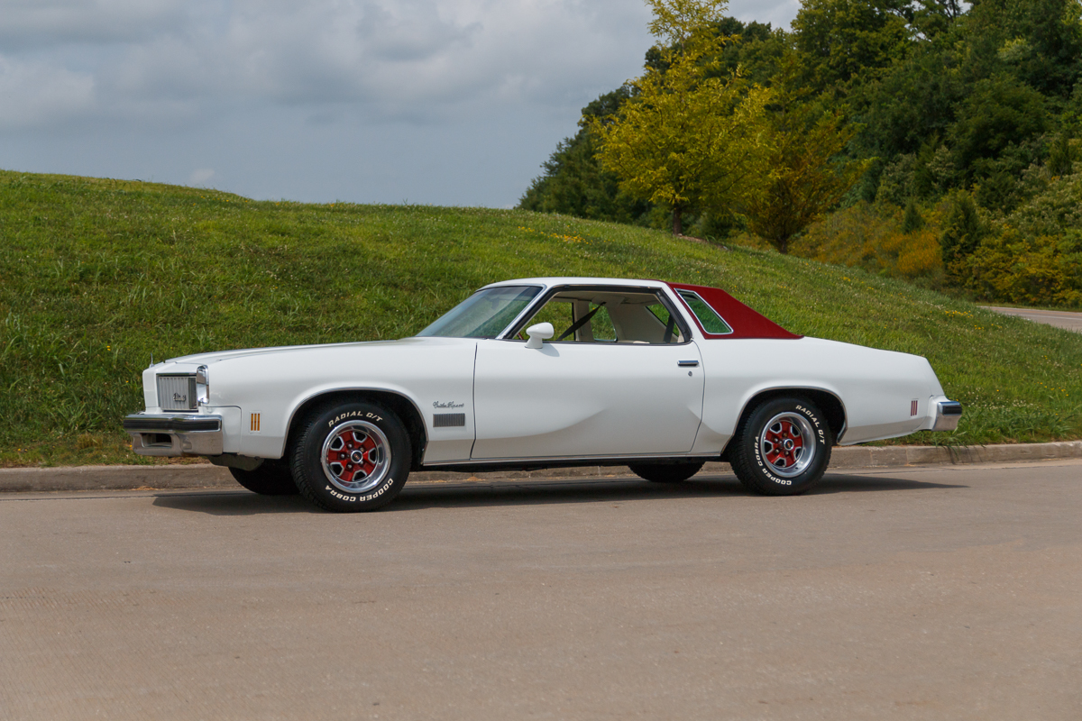 1975 Oldsmobile Cutlass Supreme | Fast Lane Classic Cars