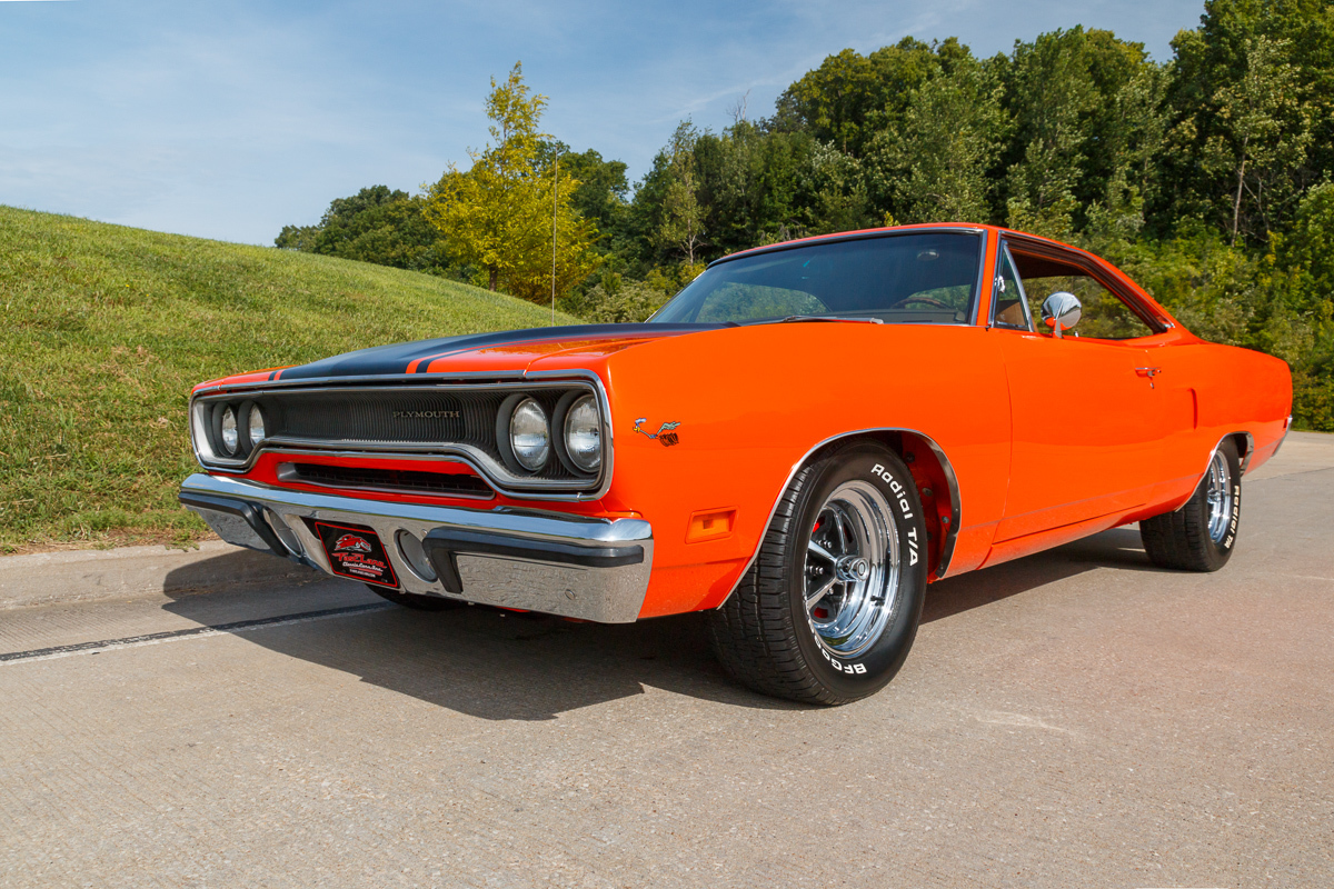 932815 further 1970 Plymouth Road Runner further TEN auto 1075288 Tractor unit DAF FT XF105 460 Low Deck moreover 1970 Plymouth Road Runner furthermore 1971 PLYMOUTH ROAD RUNNER 2 DOOR HARDTOP 98092. on magnum engine and transmission