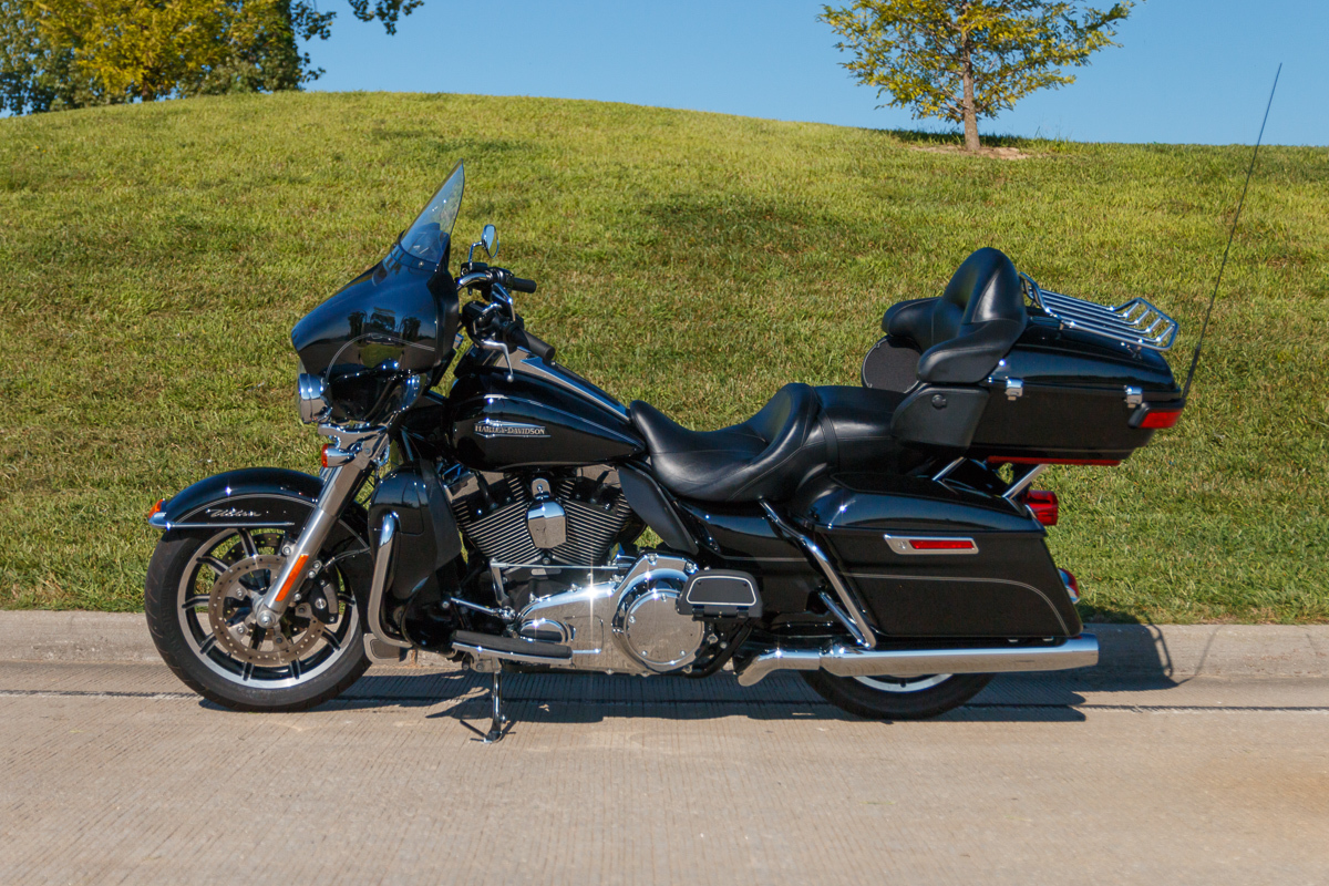 Led Lights For Motorcycle >> 2014 Harley-Davidson Ultra Glide | Fast Lane Classic Cars