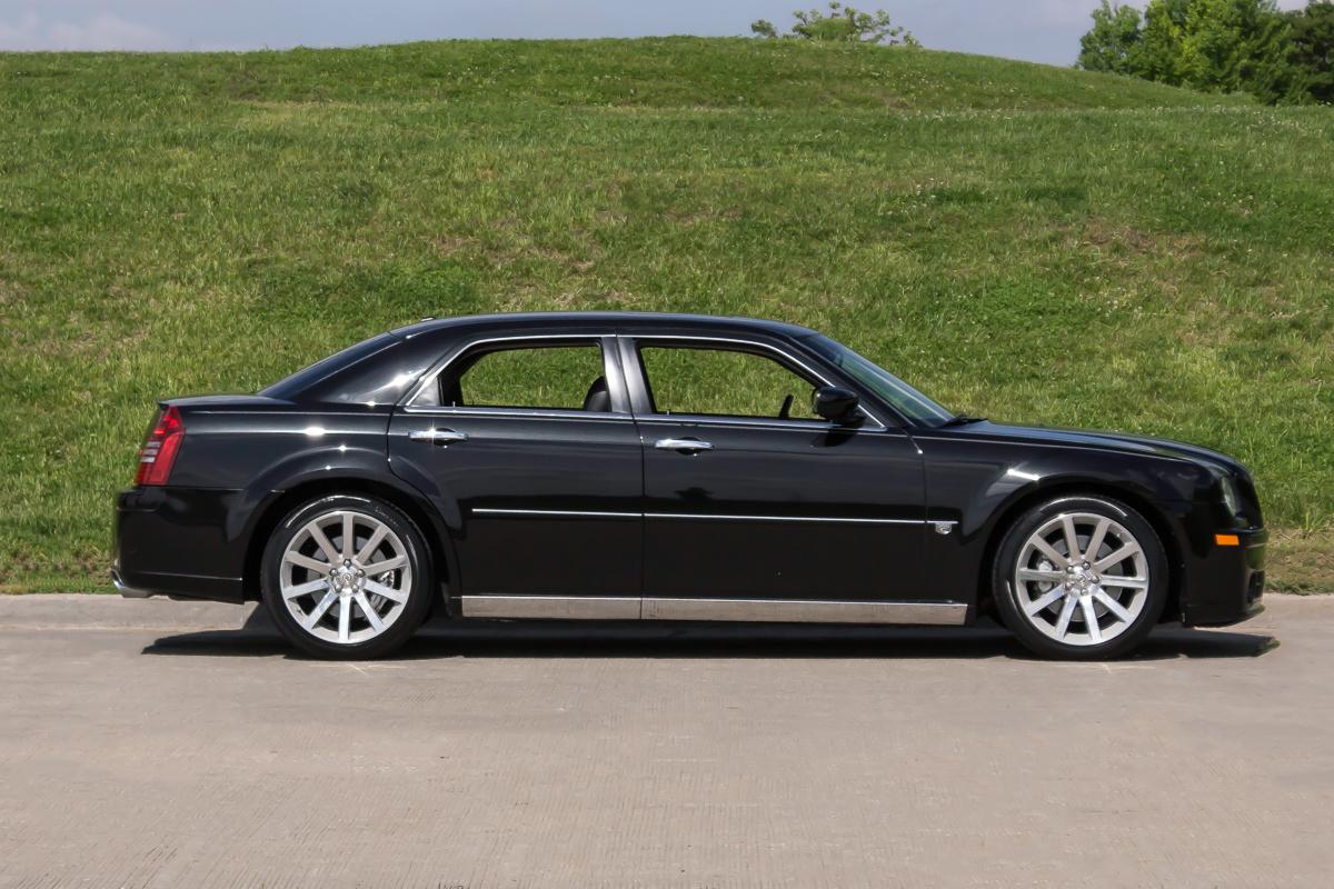 2006 chrysler 300c srt 8 fast lane classic cars. Black Bedroom Furniture Sets. Home Design Ideas