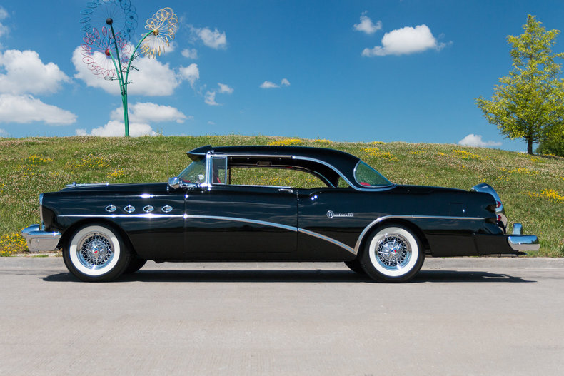 579016ce0ab35 low res 1954 buick roadmaster