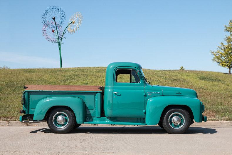 1955 International Harvester R100