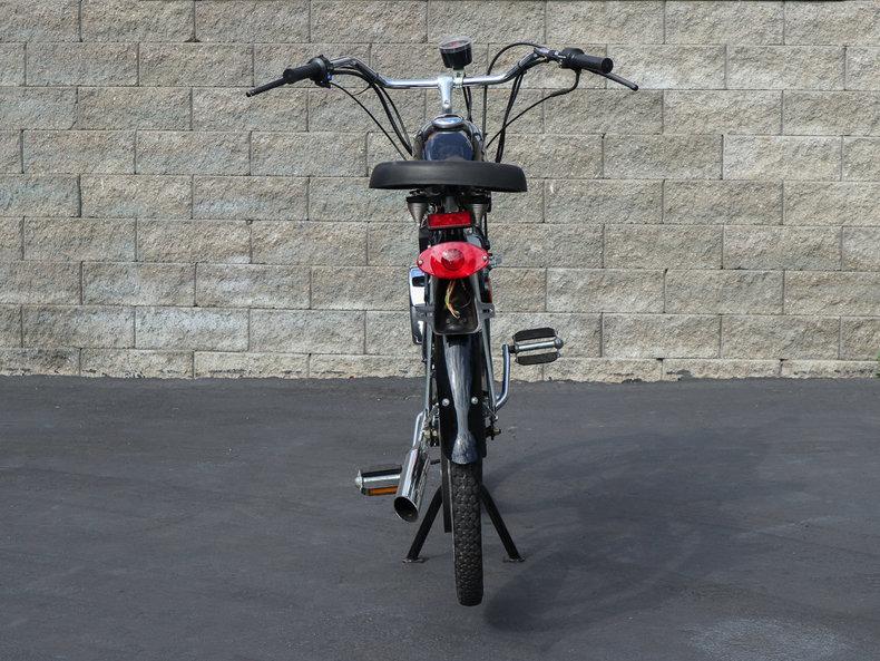 1999 Whizzer Motorbike