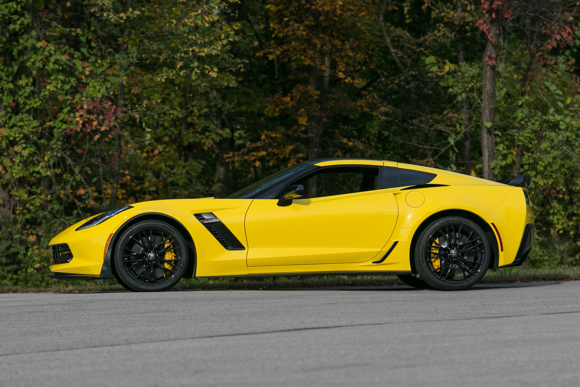 2016 chevrolet corvette z06 fast lane classic cars. Black Bedroom Furniture Sets. Home Design Ideas