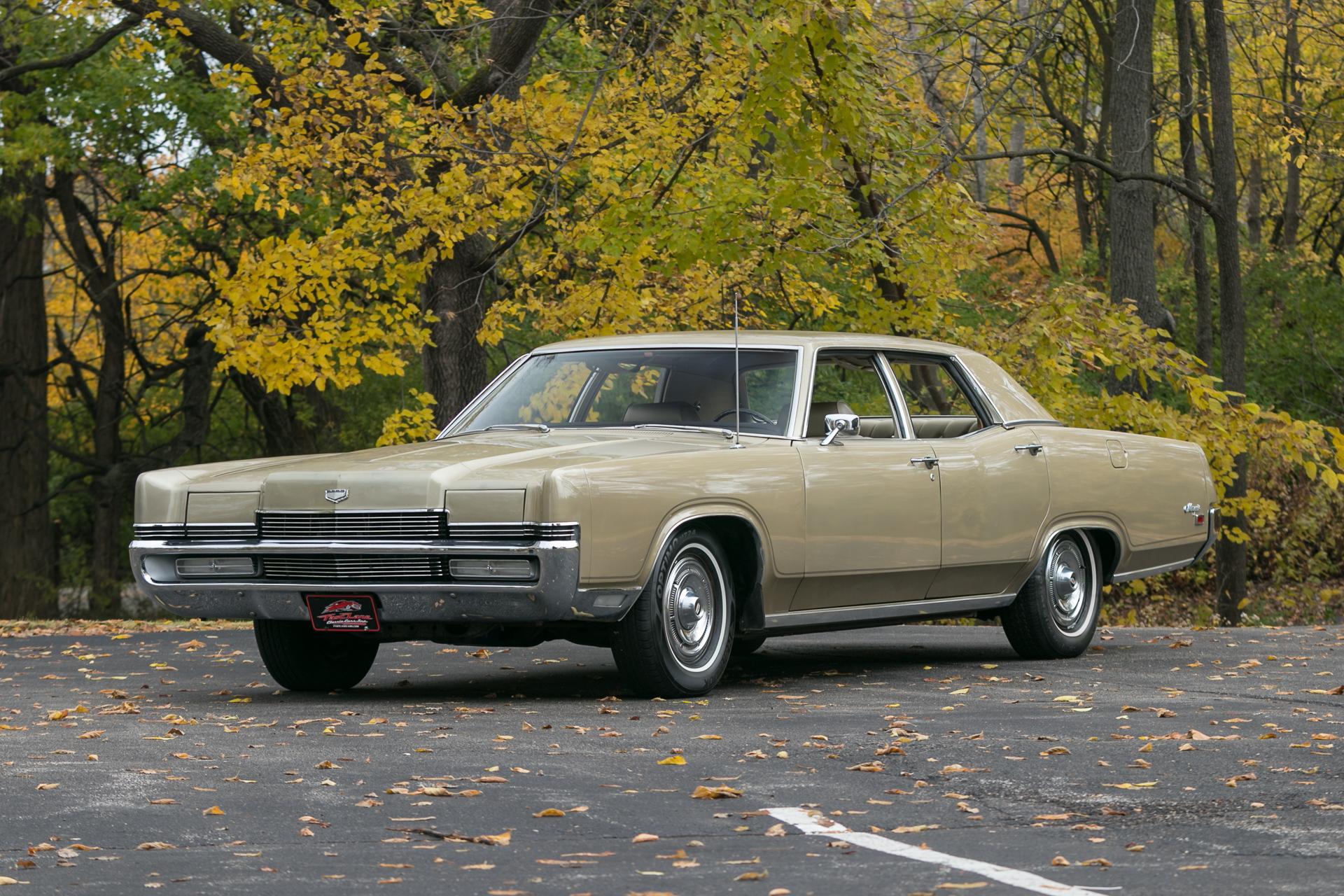 Classic Cars Mercury Monterey