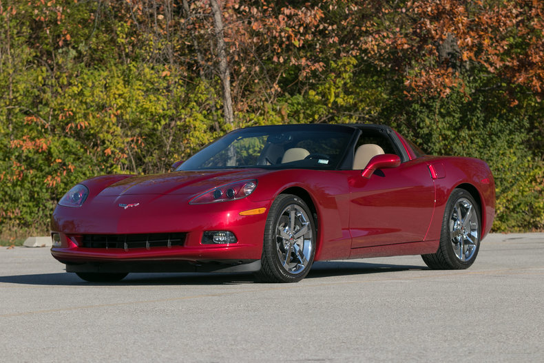 57767055cfe26 low res 2010 chevrolet corvette