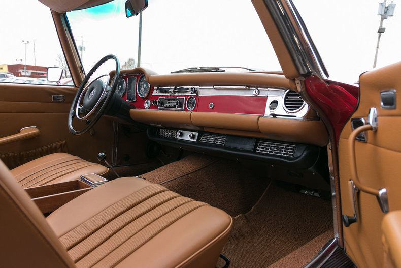 1971 Mercedes-Benz 280SL
