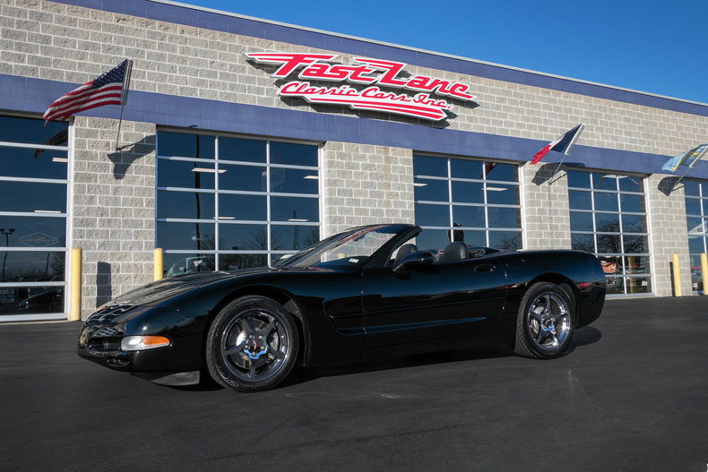 60130626112b9 low res 2001 chevrolet corvette