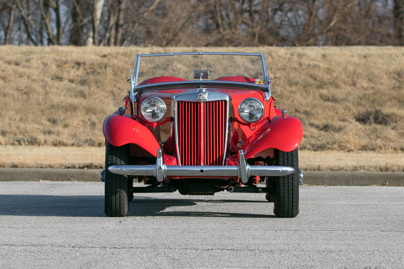 60958024c04d3 low res 1953 mg td