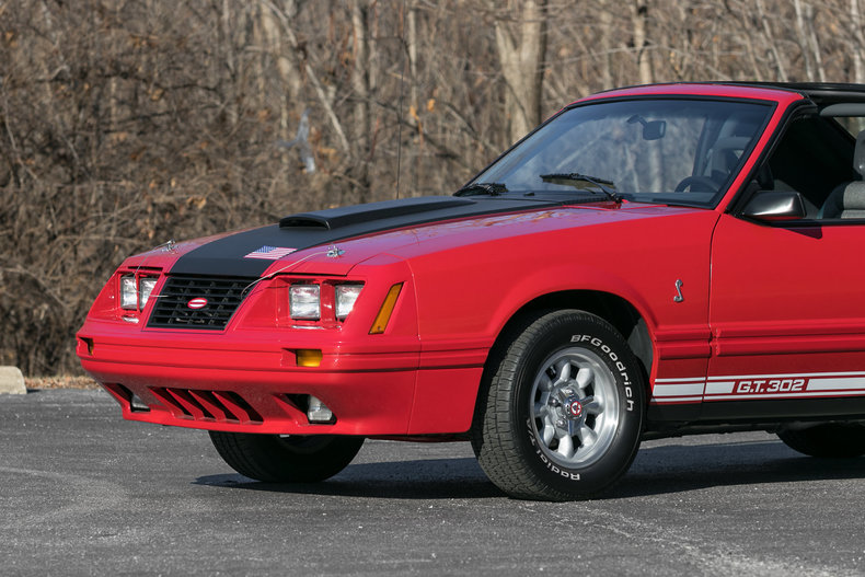 604932678dc69 low res 1984 ford mustang predator