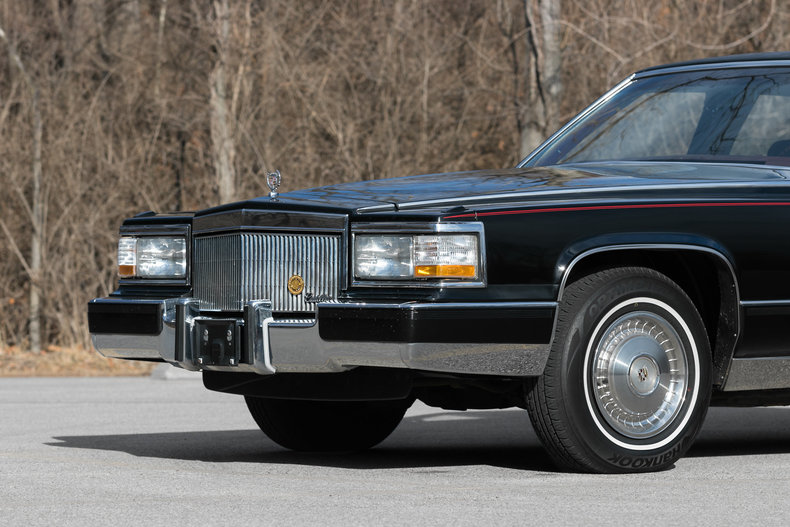 612163f0e6454 low res 1992 cadillac brougham