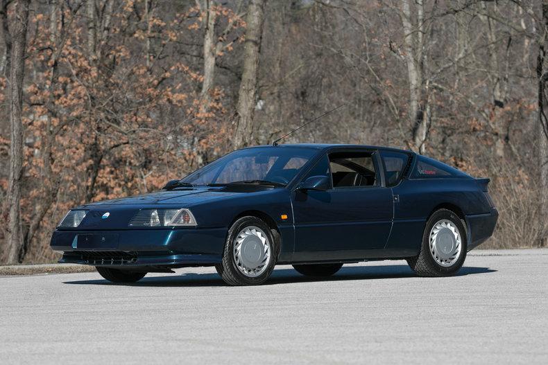 6214195e6a8e5 low res 1990 renault alpine gta