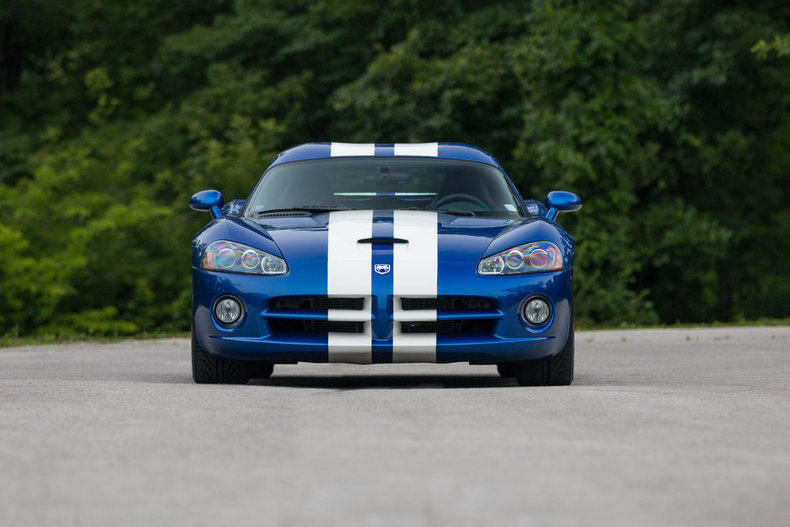 62727b687ec8aa8b8 low res 2006 dodge viper srt10