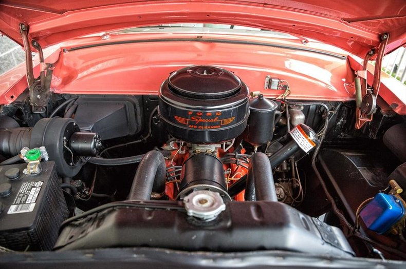 1953 Ford Victoria
