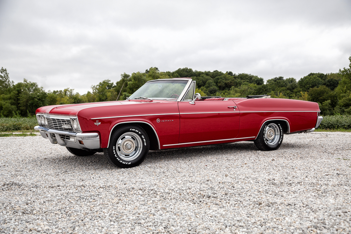 All Chevy chevy classic cars : 1966 Chevrolet Impala | Fast Lane Classic Cars