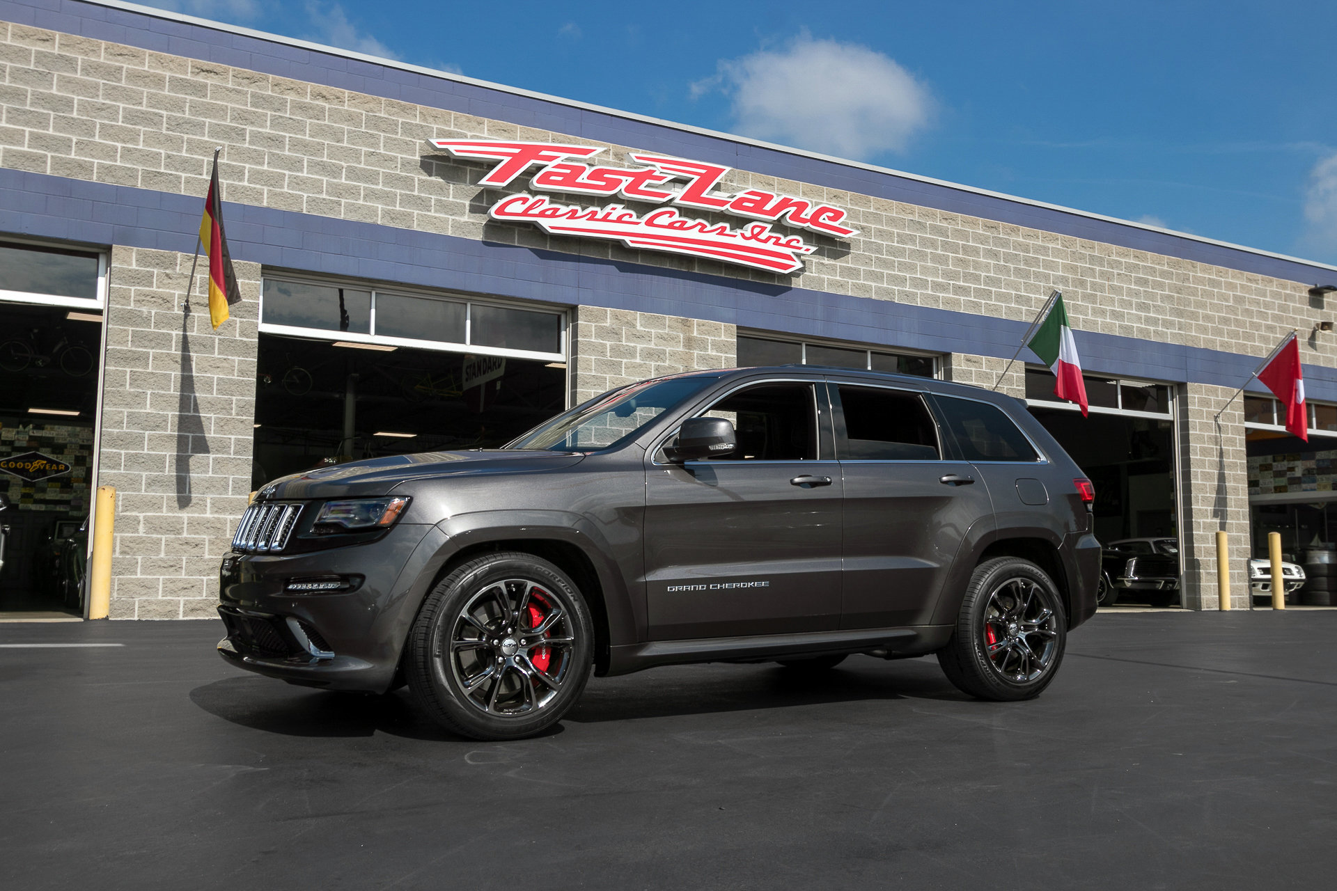 Amazing 2014 Jeep Grand Cherokee SRT 8