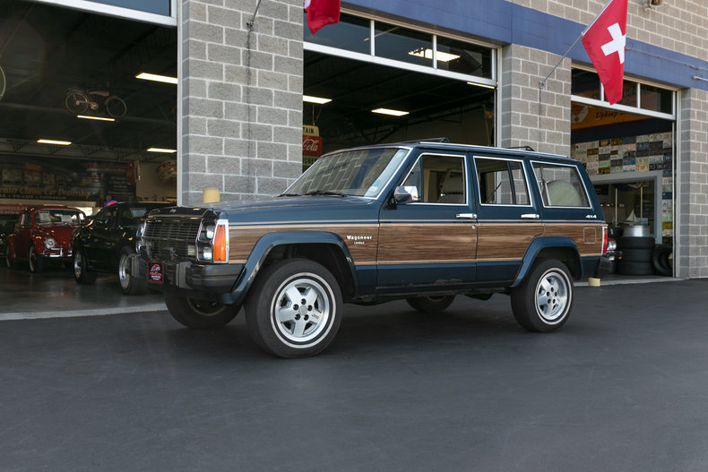 6465625bea799 low res 1990 jeep wagoneer