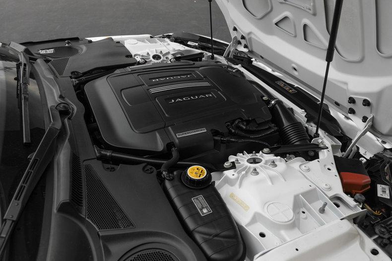 2014 Jaguar F- Type