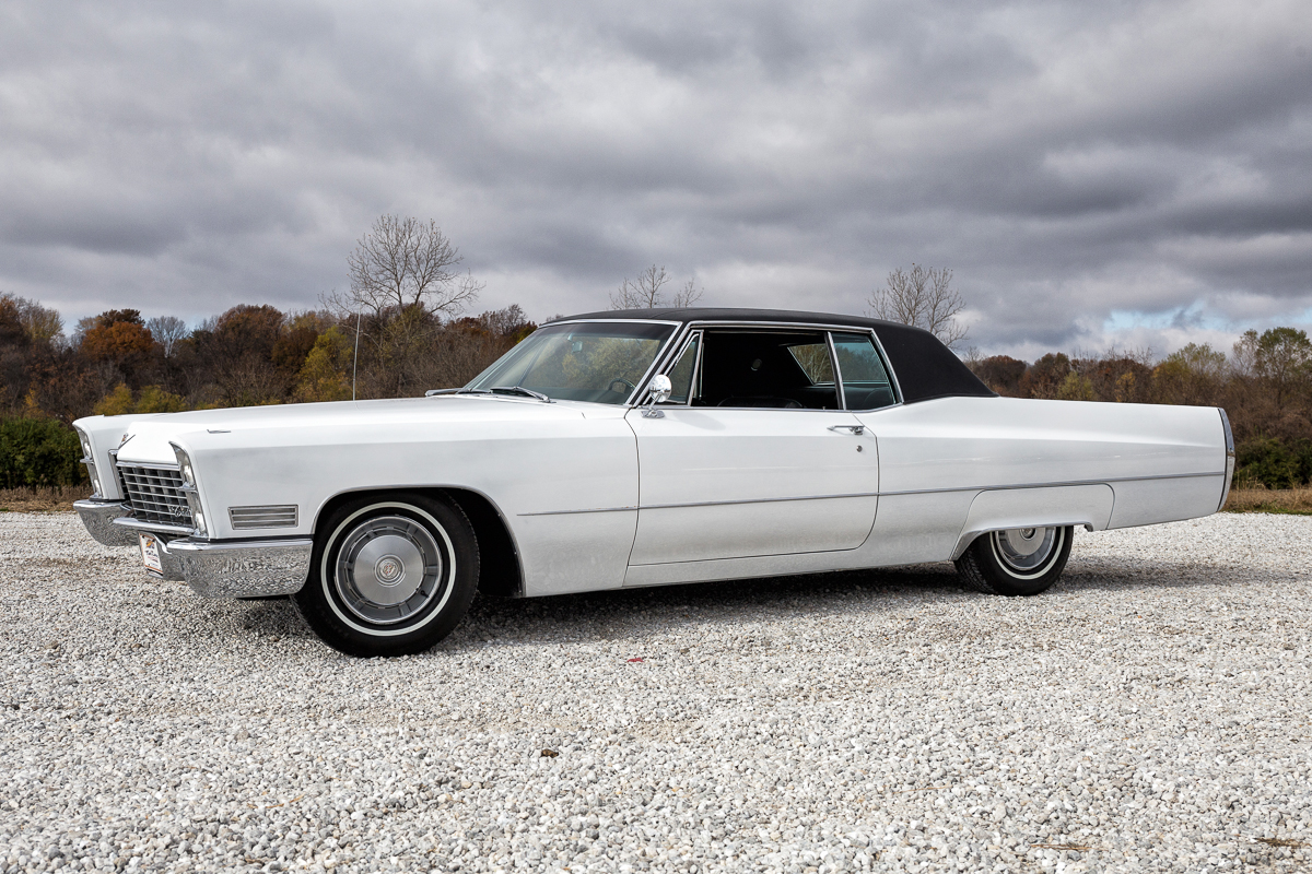 1967 Cadillac Coupe DeVille | Fast Lane Clic Cars
