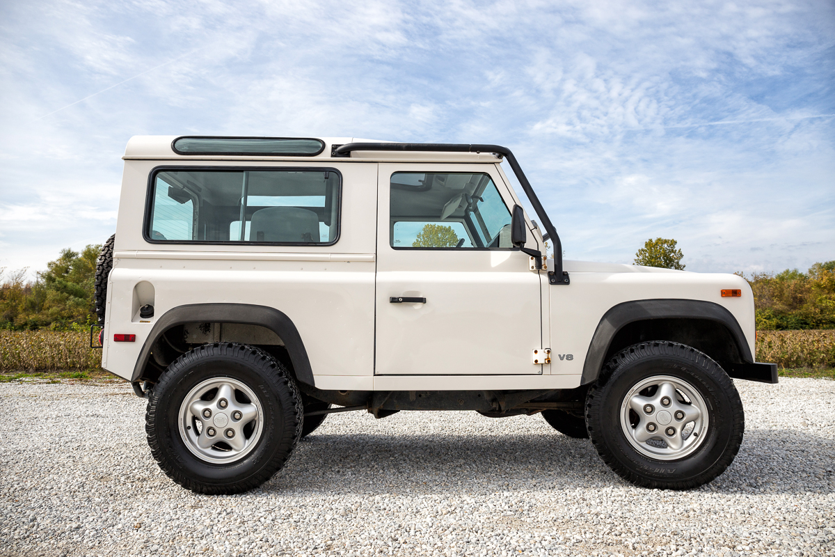 Land Rover Defender Automatic >> 1997 Land Rover Defender | Fast Lane Classic Cars