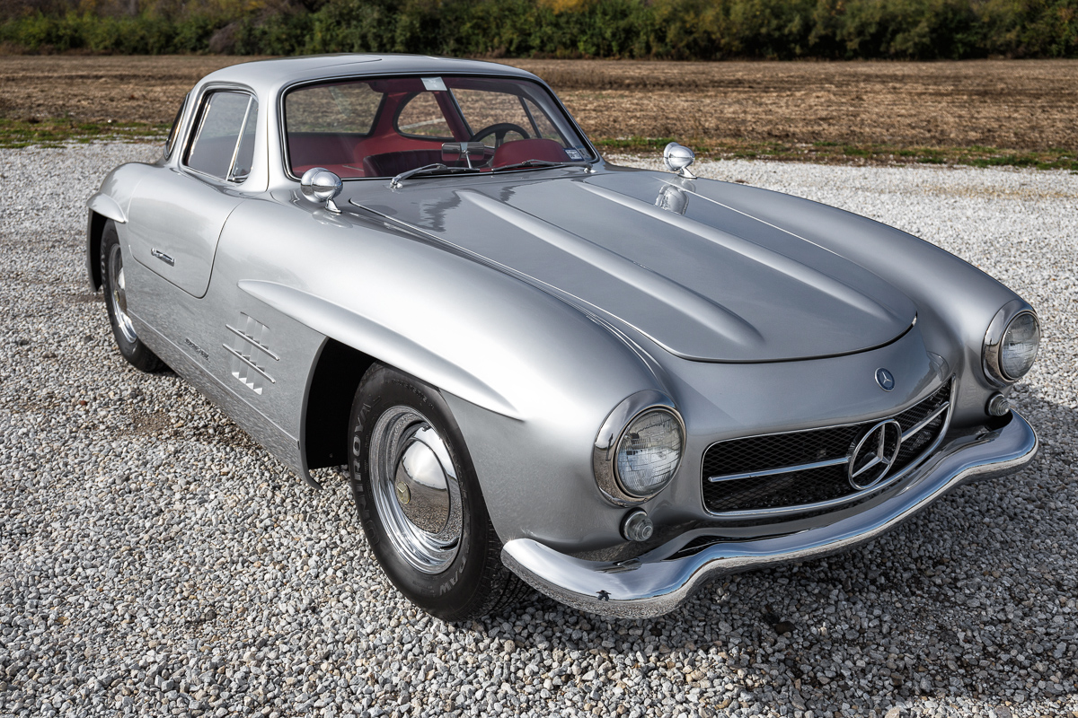 1955 mercedes benz gullwing 300sl replica fast lane for Mercedes benz classic cars