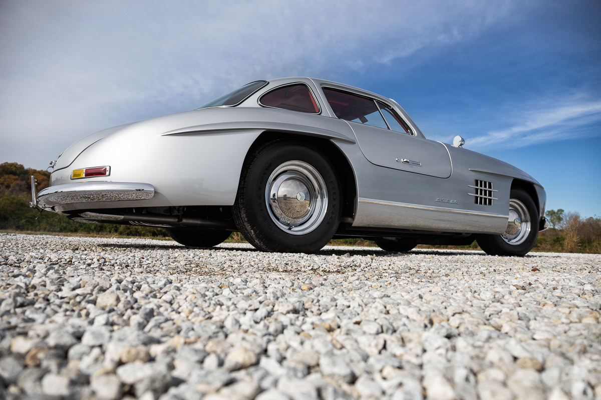 1955 mercedes benz gullwing 300sl replica fast lane for 1955 mercedes benz 300sl gullwing