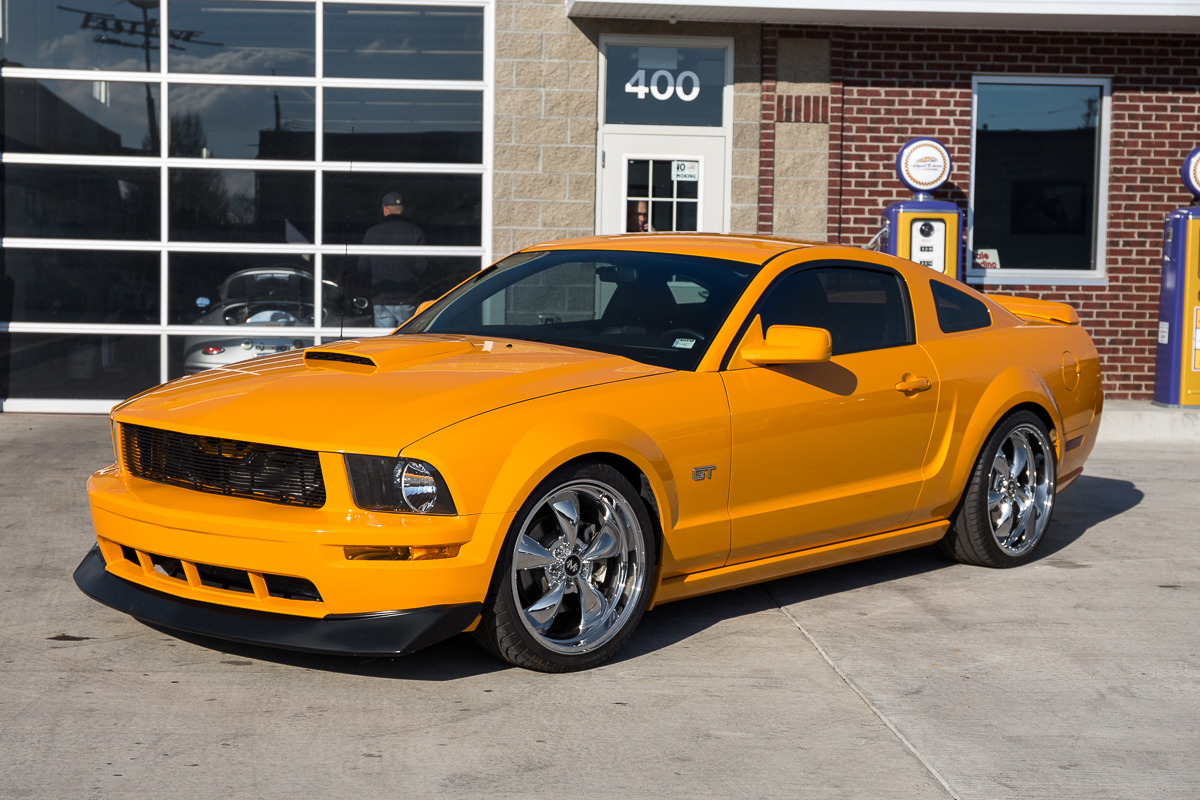 2007 ford mustang fast lane classic cars. Black Bedroom Furniture Sets. Home Design Ideas