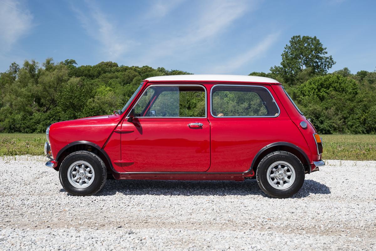 1967 austin mini cooper fast lane classic cars. Black Bedroom Furniture Sets. Home Design Ideas