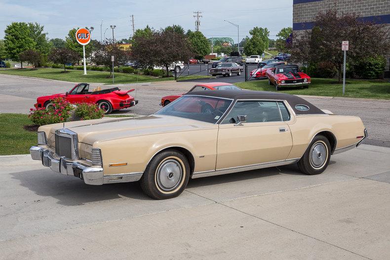 1973 Lincoln Mark V