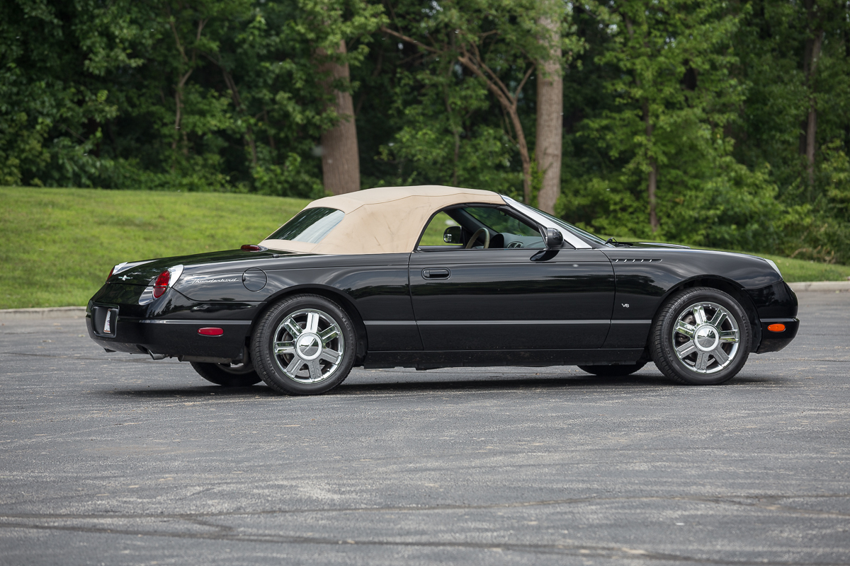 2004 ford thunderbird fast lane classic cars. Black Bedroom Furniture Sets. Home Design Ideas