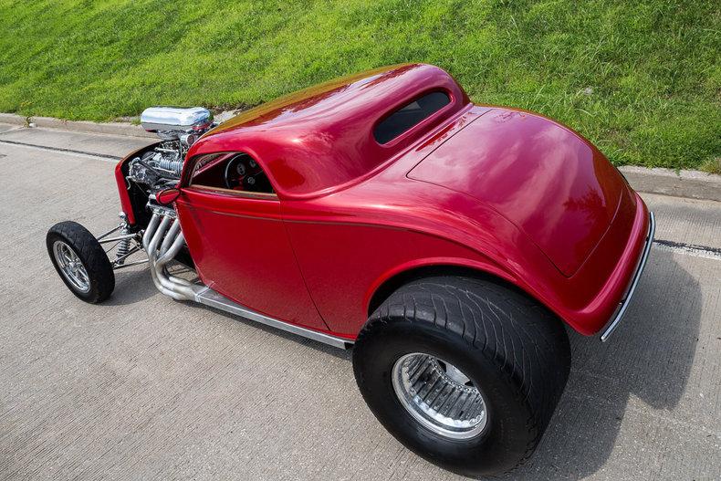 1933 Ford 3-Window