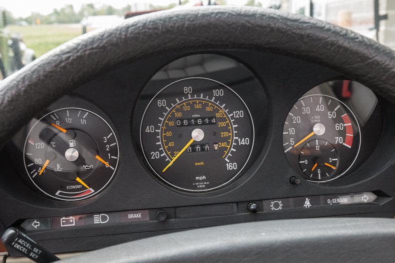 1984 Mercedes-Benz 380SL