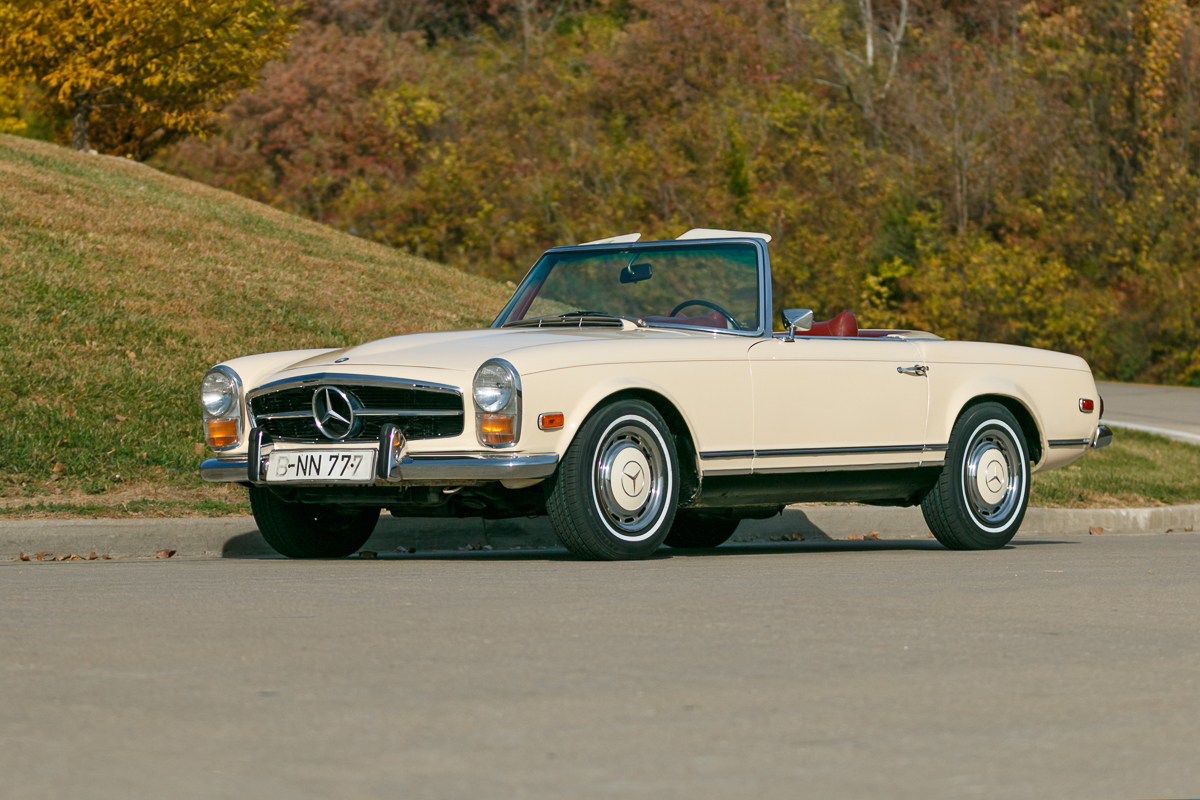 1969 mercedes benz 280sl fast lane classic cars for Mercedes benz st charles mo