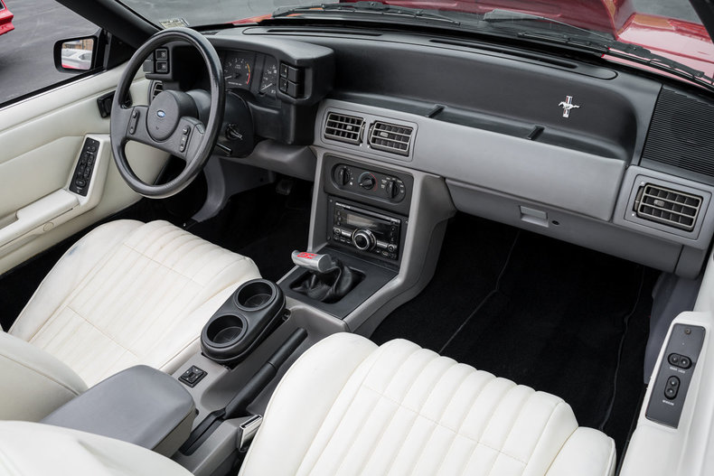 1987 Ford Mustang