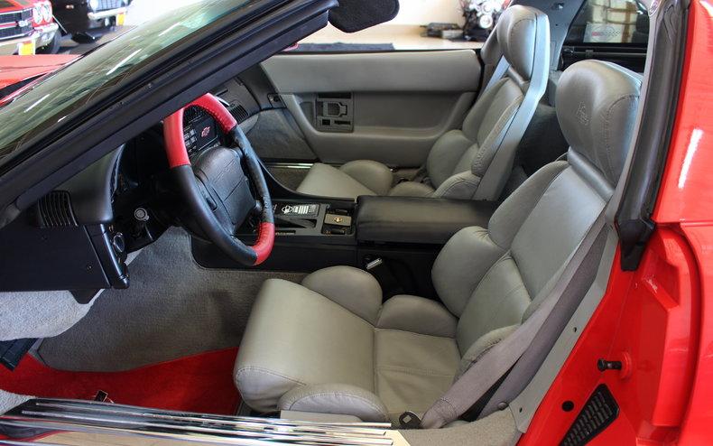 1993 Chevrolet Corvette 19