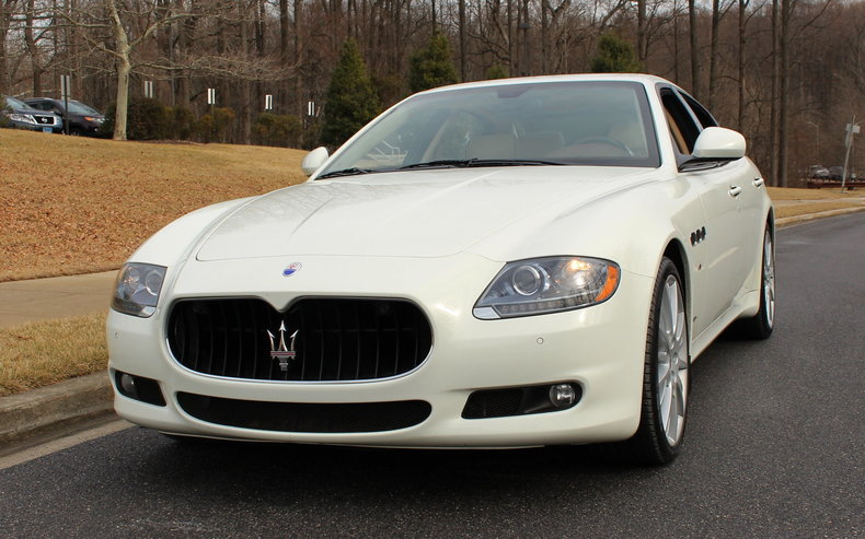 https://dealeraccelerate-all.s3.amazonaws.com/flemings/images/3/5/5/1/3551/53104697810d8_low_res_2013-maserati-quattroporte-s.jpg