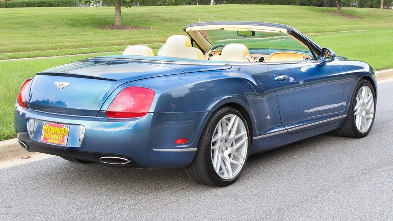2010 Bentley Continental GTC 19
