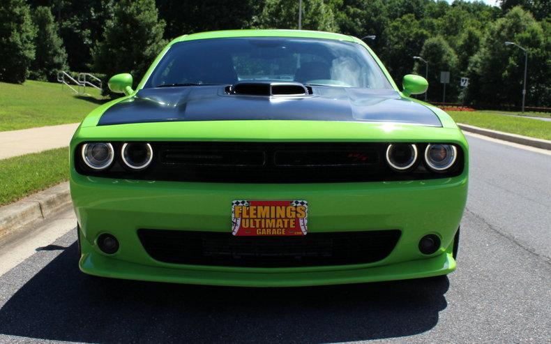 2015 Dodge Challenger 2015 Dodge Challenger Petty Garage