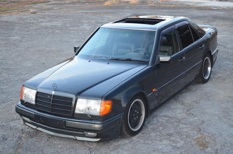 1990 Mercedes-Benz 300E AMG 3.4