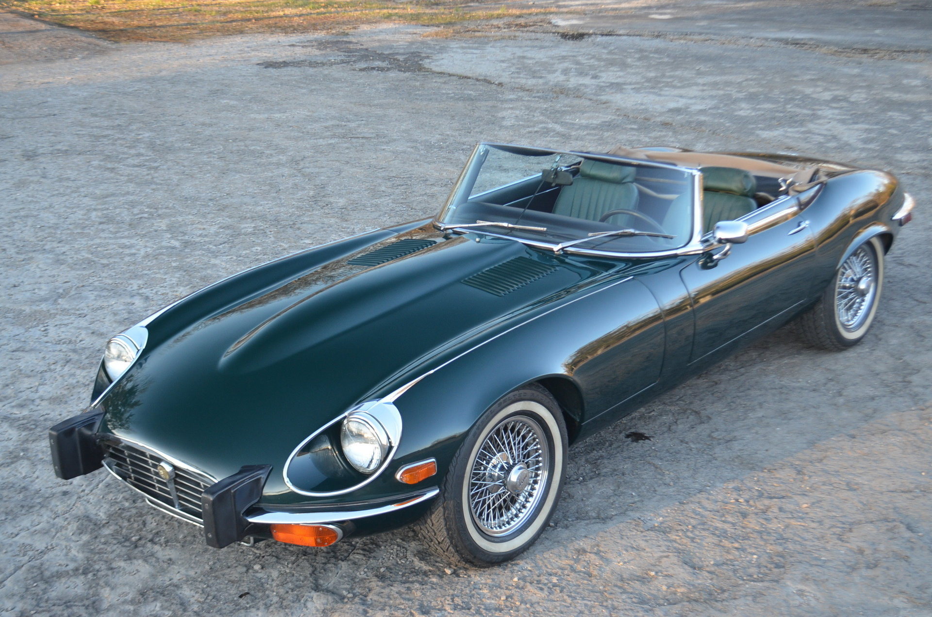 21704ee0946b hd 1974 jaguar e type
